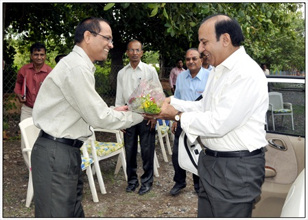 6 Shri A.K.Joti,Chief Secretary,Government of Gujarat jau visit